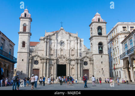 HAVANA, CUBA - JANUARY 16, 2017: Plaza de la Catedral (English: Cathedral Square) is one of the five main squares - Stock Photo