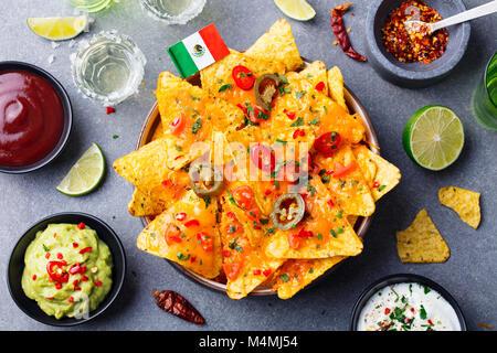 how to make sour cream dip for nachos