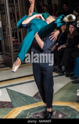 London, UK. 17th Feb, 2018. London Fashion Week, The catwalk show of OLGA ROH, A SWISS FASHION DESIGNER, who punctuated - Stock Photo