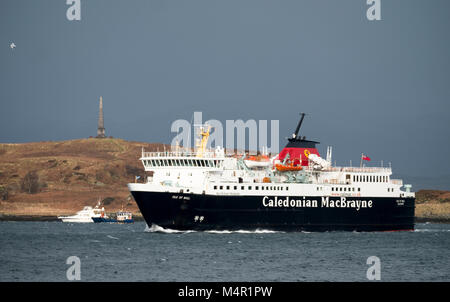 The Caledonian MacBrayne ferry the Isle of Mull sails into Oban Harbour on its return journey from Craignure, on - Stock Photo