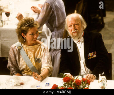 WILLIAM GOLDING British author and Nobel prize laureatet in literature at Nobel Banquete table with Princess Christina - Stock Photo