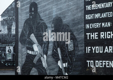 Loyalist murals commemorating The Troubles, Newtownards Road, Belfast, Country Antrim, Northern Ireland. - Stock Photo