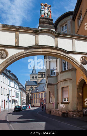 View from Liebfrauen street to the Cathedral of Trier, Saint Peter, Unesco World heritage site,Trier, Rhineland - Stock Photo