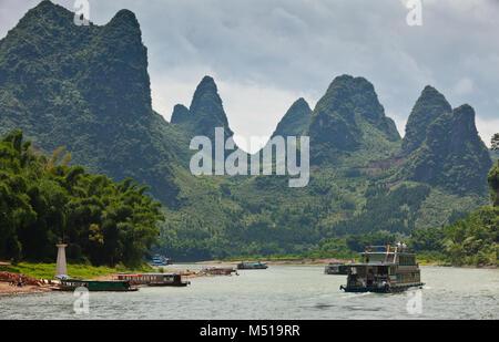 boats on the river li  guilin china - Stock Photo