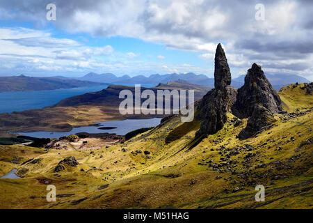 United Kingdom, Scotland, Inner Hebrides archipelago: Isle of Skye. The Old Man of Storr - Stock Photo