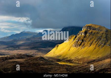 United Kingdom, Scotland, Inner Hebrides archipelago: Isle of Skye. Quiraing, a landslip on the northernmost summit - Stock Photo