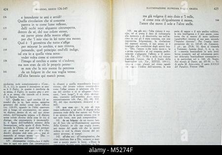 La Divina Commedia by Dante Alighieri, 1957 edition - Stock Photo