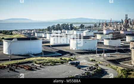 petroleum fuel industrial refinery in california usa - Stock Photo