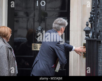 Downing Street, London, UK. 20 February 2018. Philip Hammond, Chancellor of the Exchequer, arrives in Downing Street - Stock Photo