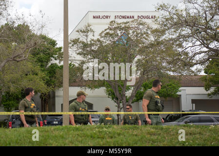 Parkland, Florida, USA. 20th Feb, 2018. Heavy Police presence at Marjory Stoneman Douglas High School in Parkland, - Stock Photo