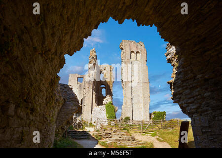 Medieval Corfe castle Keep cloase up, built in 1086 by William the Conqueror, Dorset England - Stock Photo