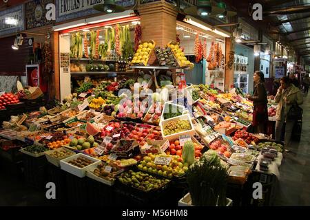 Market hall Mercado de Tirana - Stock Photo