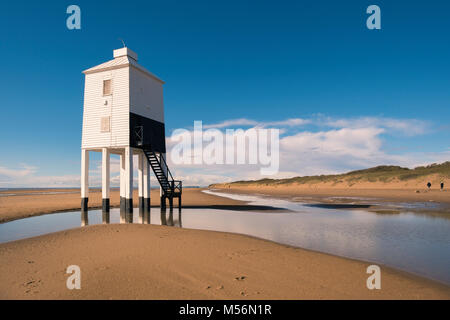 Burnham-on-Sea low lighthouse is the only one in Somerset in an area of shifing sand and mudflats. - Stock Photo