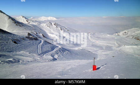 Skiing, snowboarding slopes, off piste trails, in French resort of Val Thorens, Les Trois Vallees , on a winter - Stock Photo