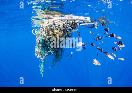 Currents accumulate marine debris in areas around the global ocean. - Stock Photo