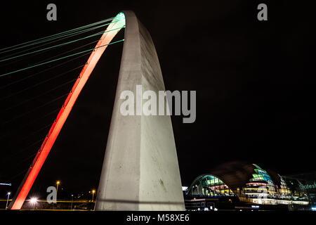 Newcastle upon Tyne Quayside at night. - Stock Photo
