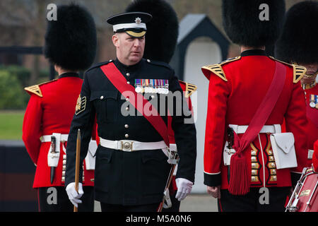 Windsor, UK. 21st February, 2018. Garrison Sergeant Major WO1 Andrew Stokes carries out an annual inspection of - Stock Photo