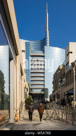 Porta Nuova business district with the UniCredit Tower and people, Milan, Italy - Stock Photo