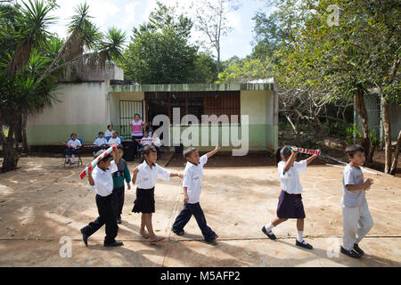 Pupils in rehearsalfor their annual Christmas performance, after a mayan mathematic class, at Ignacio Ramirez Calzada - Stock Photo