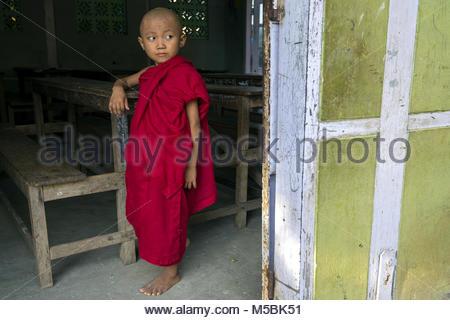 Myanmar, Mandalay, the Aung Myae Oo monastic school - Stock Photo