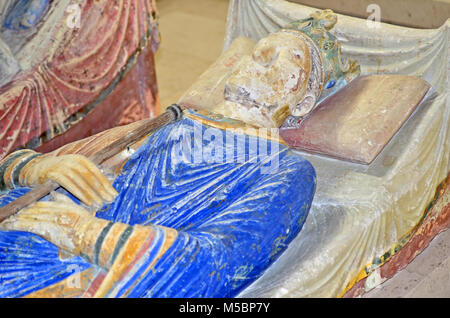 800 year old tomb of King Henry II of England at Fontevraux Abbey, next to his wife Eleanor of Aquitaine - Stock Photo