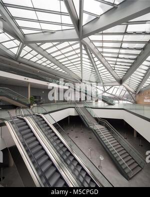Bonn, Regierungsviertel (Bundesviertel, Parlamentsviertel), UN-Campus, World Conference Center Bonn, Foyer, Architekturbüro - Stock Photo