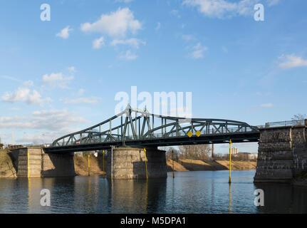 Architekt Krefeld swing bridge krefeld stock photo 94551411 alamy