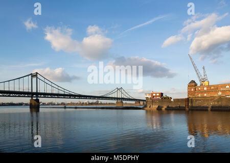 Krefeld-Uerdingen, Rheinhafen, Lagerhäuser und Rheinbrücke - Stock Photo