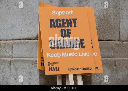 London, UK. 10th Jan, 2018. A placard for the Agent Of Change campaign at a protest in support of a Bill in Parliament - Stock Photo