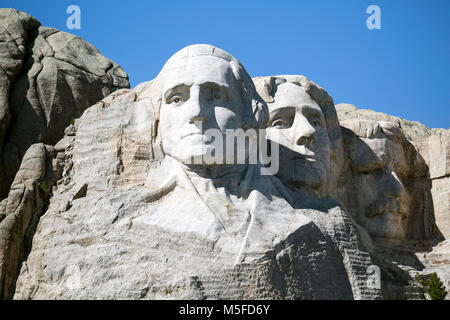 SD00005-00...SOUTH DAKOTA - Presendents George Washington, Thomas Jefferson and Theodore Roosevelt   carved into - Stock Photo