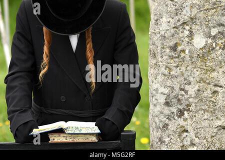 Orthodox Jewish prays, jews, judaism, hasidim - Stock Photo
