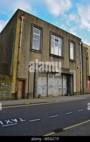 Former fire station in Derwen Road, Bridgend. A grade II Listed Building now in a poor state of repair. - Stock Photo