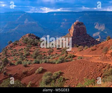 Sou Kaibab Trail Grand Canyon - Cedar Ridge  Nearing sunset at Cedar Ridge on the South Kaibab Trail - Grand Canyon - Stock Photo