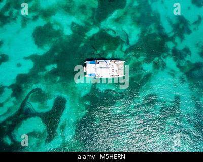 Mystic Cruises tourist Catamaran, Turner's Beach, Picarts Bay - Stock Photo