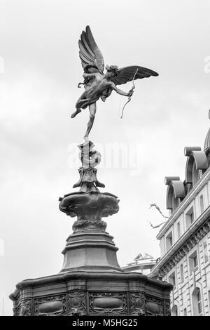 Statue of Eros, London, England, UK. Credit: London Snapper - Stock Photo