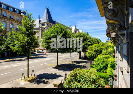 avenue de france street in tunis tunisia late 19th early 20th stock photo 147099699 alamy. Black Bedroom Furniture Sets. Home Design Ideas