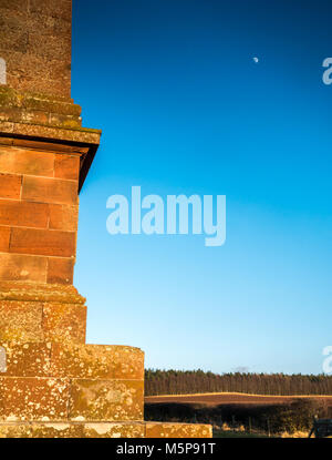 Blaikie Heugh East Lothian, Scotland, United Kingdom, 25th February 2018. Completely clear blue sky with low sunlight - Stock Photo