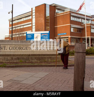 Colour Photograph of St Georges Hospital, Tooting, London, England, UK. Credit: London Snapper - Stock Photo