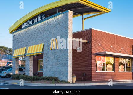 McDonald's fast-food restaurant in Metro Atlanta, Georgia. - Stock Photo