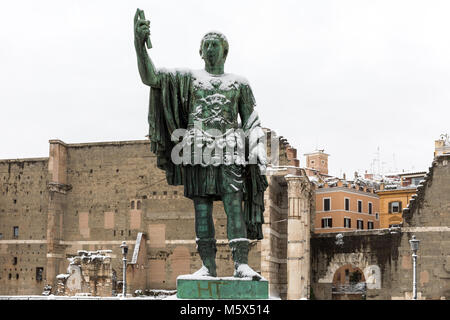Rome, Italy. 26th Feb, 2018. An exceptional weather event causes a cold and cold air across Europe, including Italy. - Stock Photo