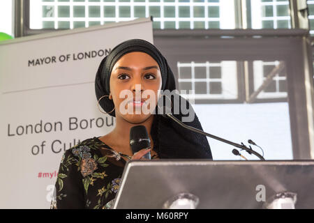 City Hall, London, 27th Feb 2018. Young British-Somali poet Amina Jama, based in London, challenges view with the - Stock Photo