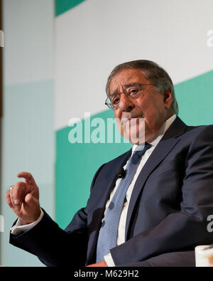 October 23, 2017, Washington, DC USA - Leon Panetta, former Secretary of Defense and CIA, speaking on countering - Stock Photo
