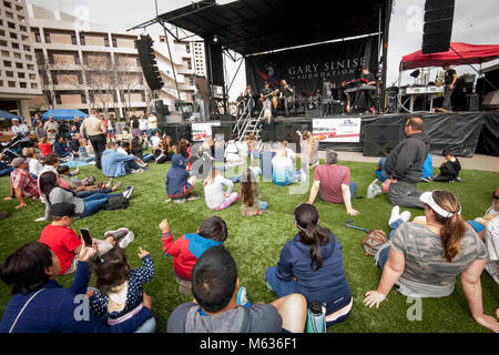SAN DIEGO (Feb. 10, 2018) Military families, wounded warriors, veterans, patients, and caregivers watch Hollywood - Stock Photo