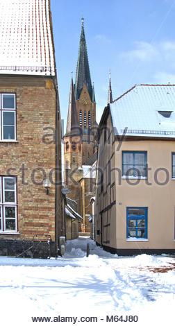 Der Winter zeigt sich zum Ende in Schleswig nochmal von seiner heftigen, aber schönen Seite. Apothekergang mit St. - Stock Photo