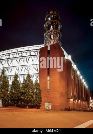 Stary browar (old brewery) shopping mall in Poznan city, Poland - Stock Photo