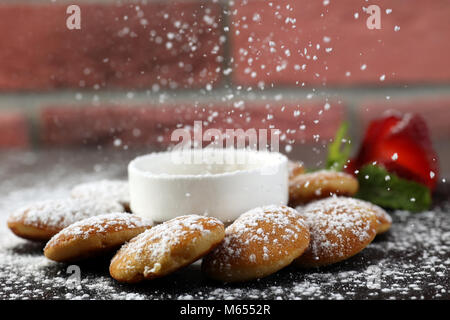 Mini pancakes with strawberry & syrup - Stock Photo