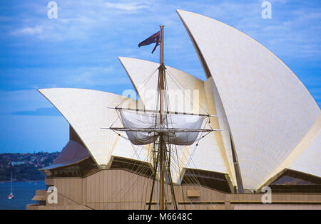 Early morning at Sydney Opera House in Australia. - Stock Photo