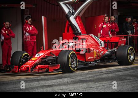 Barcelona, Spain. 1st Mar, 2018. SEBASTIAN VETTEL (GER) in his Ferrari SF-71H at the pit stop at day four of Formula - Stock Photo