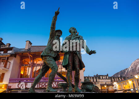 Statue in honor of Balmat and Paccard, first ascent of mont blanc. Chamonix Mont Blanc, Auvergne-Rhône-Alpes, department - Stock Photo