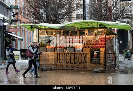 London, UK. 1st Mar, 2018. UK Weather: General view of JUICEBOX London in Oxford Street as Beast from the East weather - Stock Photo